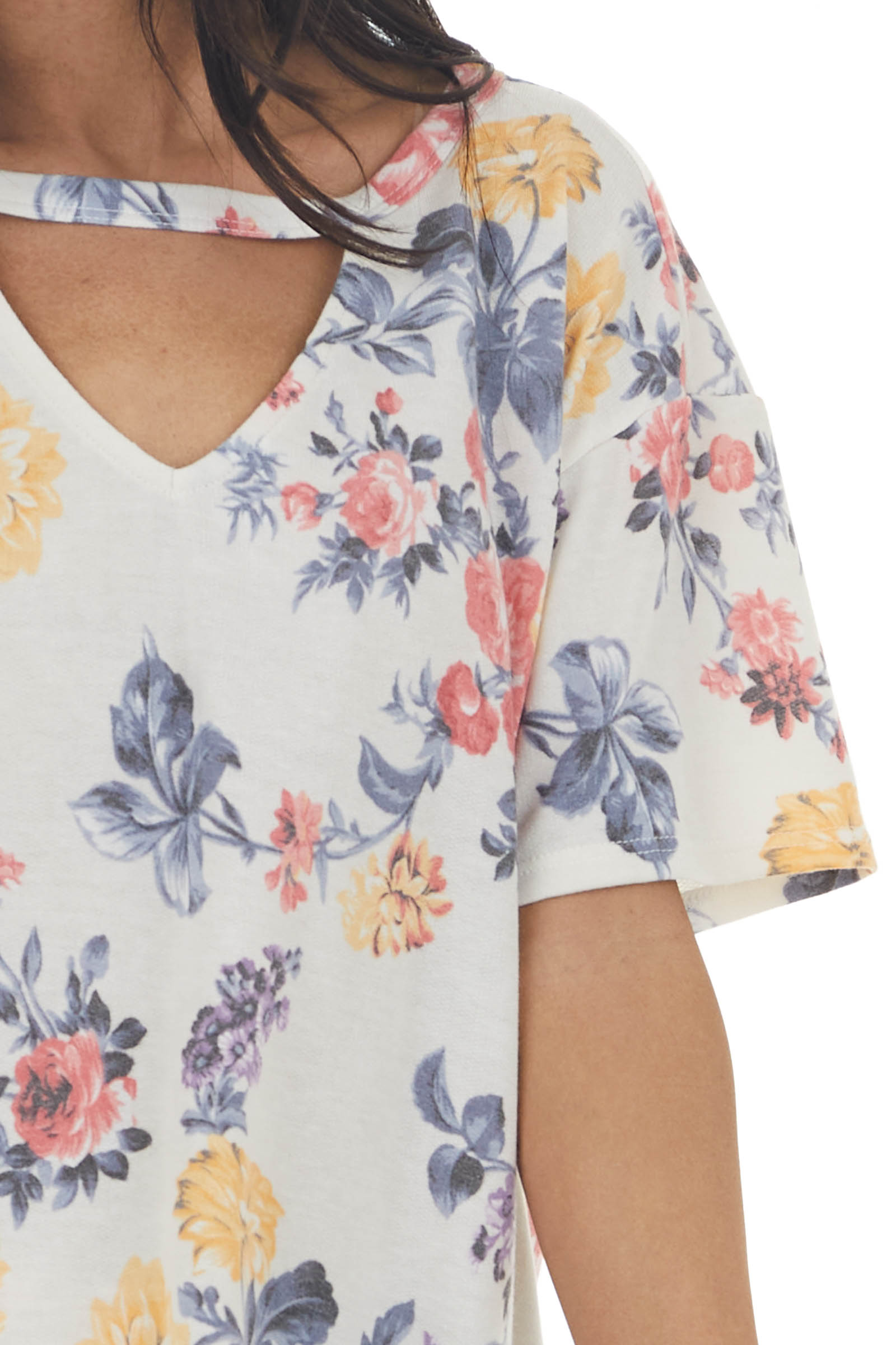 Eggshell Floral Print Short Sleeve Top with Cut Out Detail