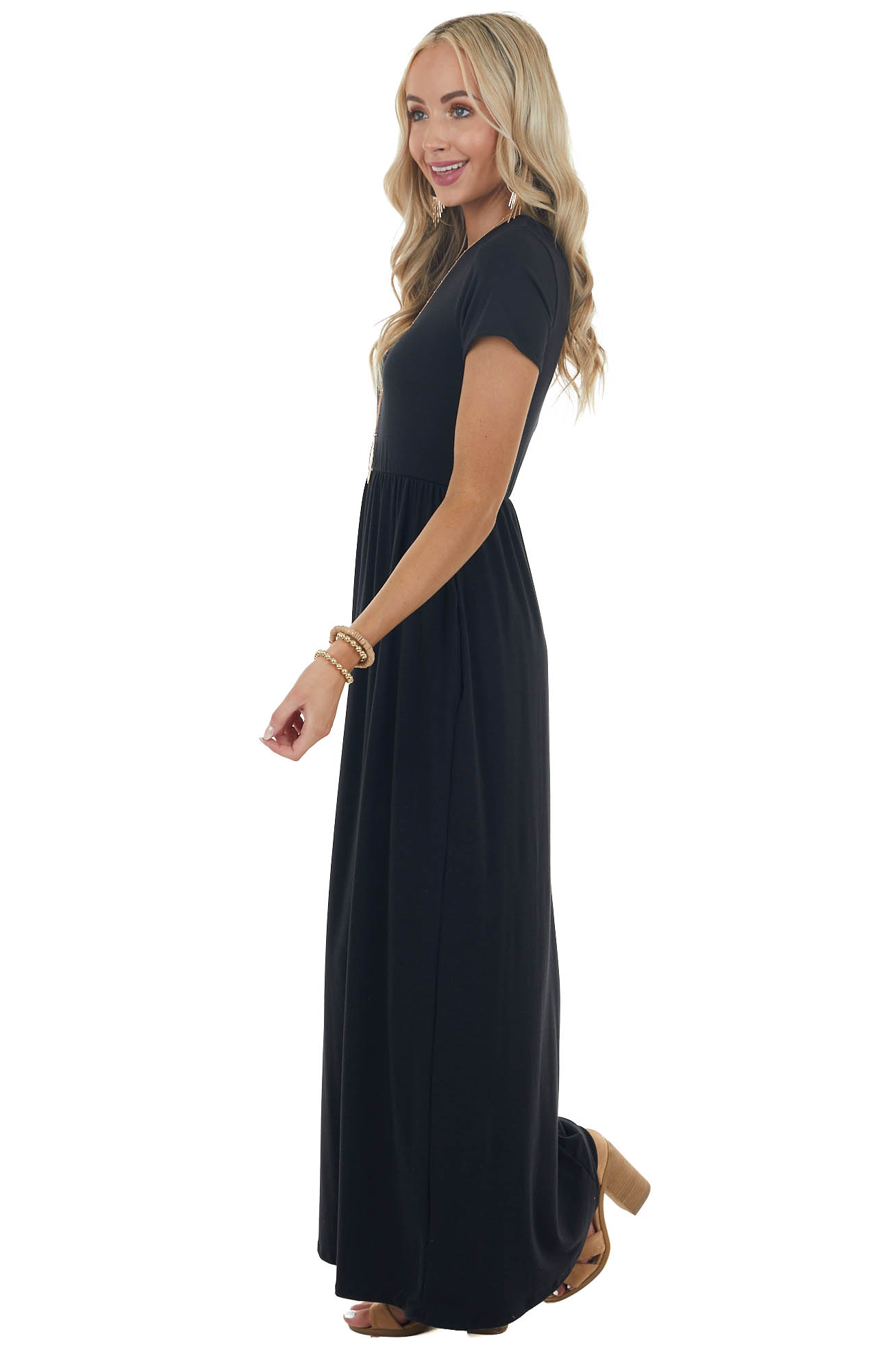 Black Flowy Short Sleeve Knit Maxi Dress with Side Pockets