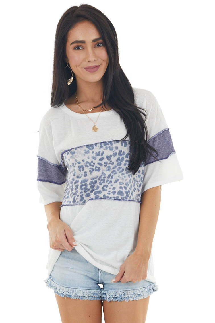 Ivory Colorblock Short Sleeve Knit Top with Stitching Detail