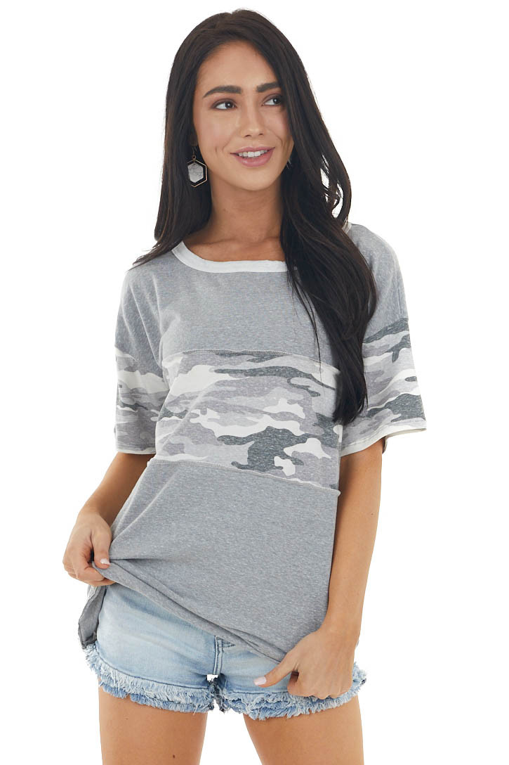 Dove Camo Print Short Sleeve Knit Top with Stitching Detail