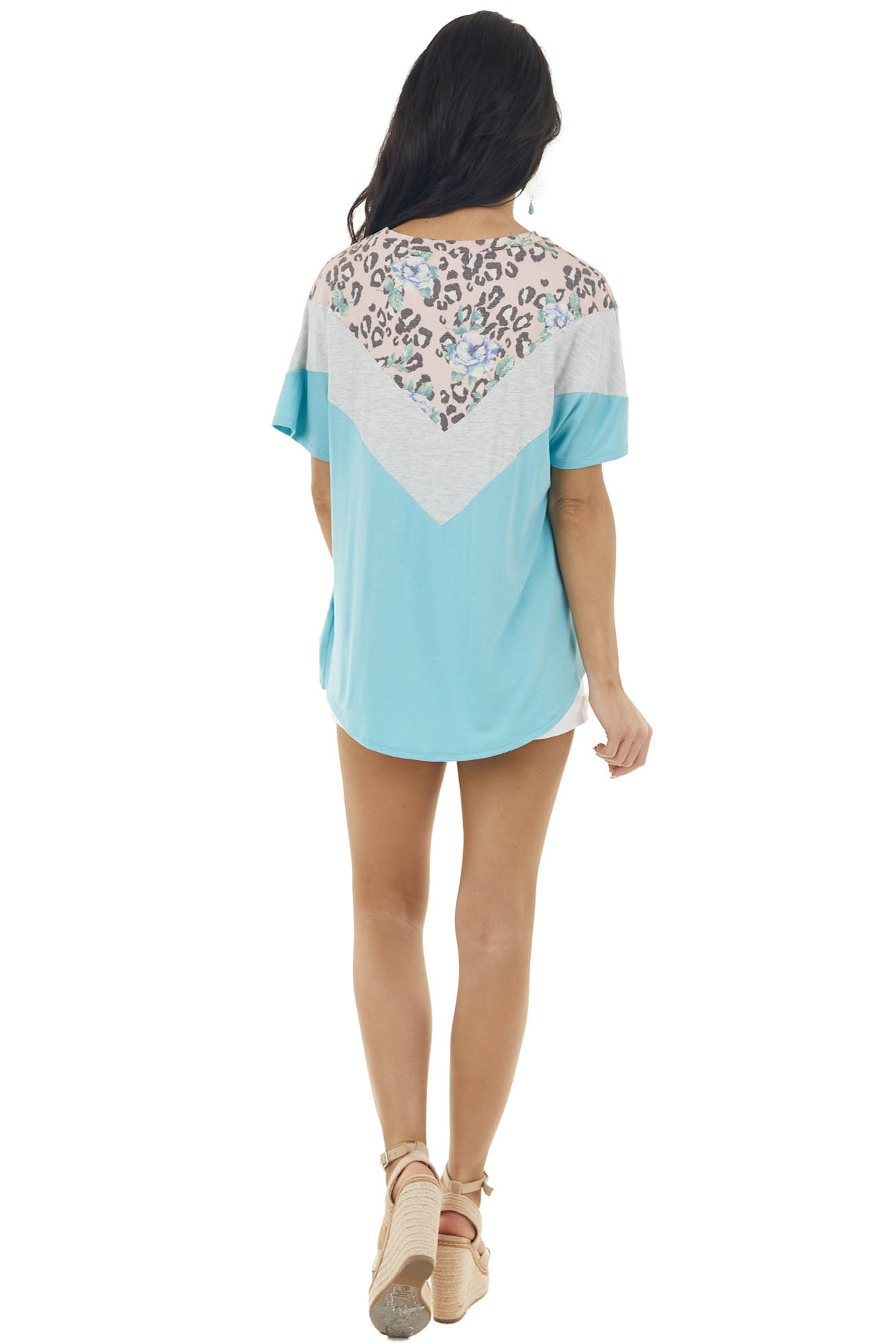 Turquoise and Dove Chevron Pattern Short Sleeve Knit Top