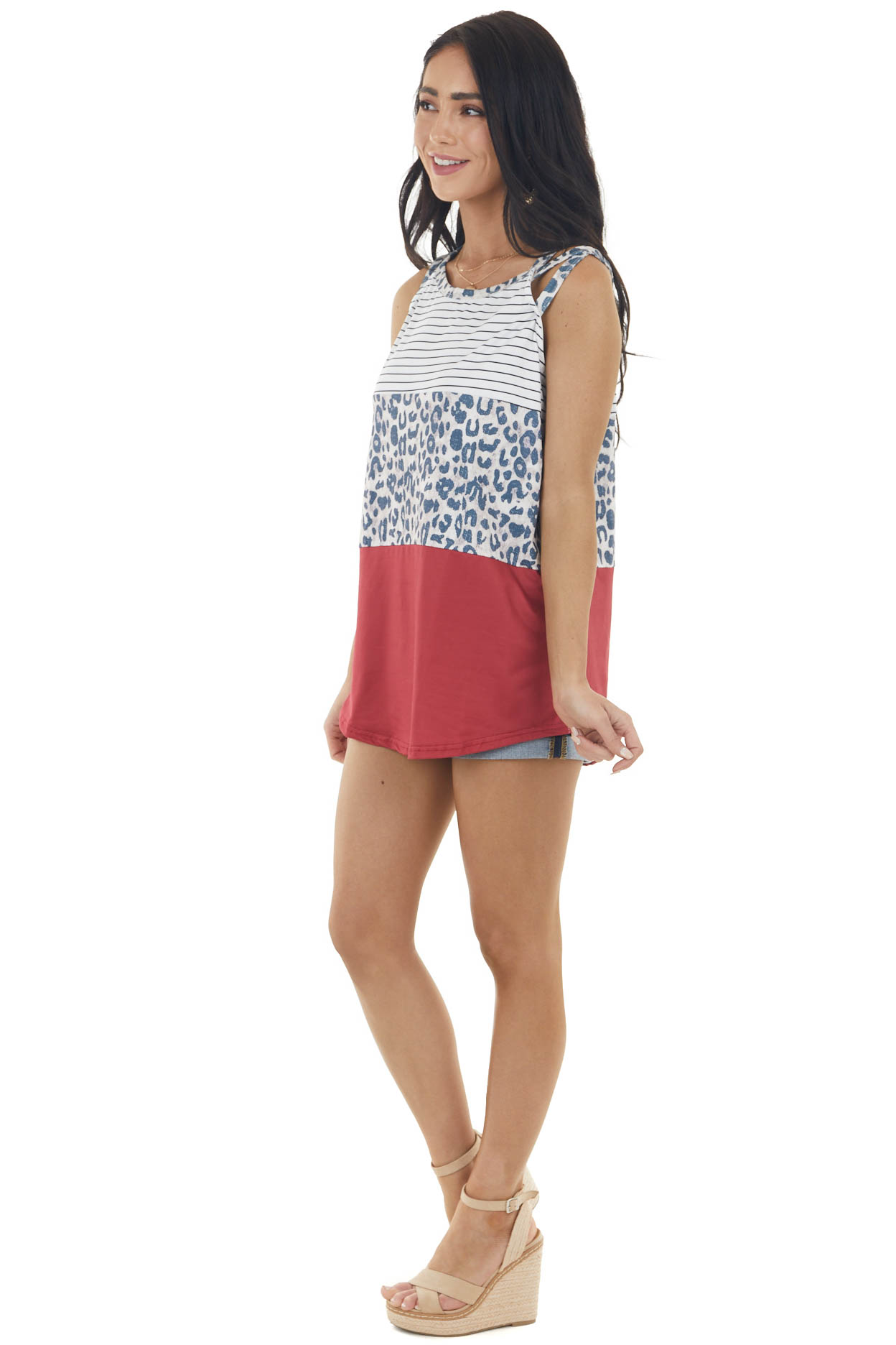 Hibiscus Multiprint Sleeveless Knit Top with Rounded Hem