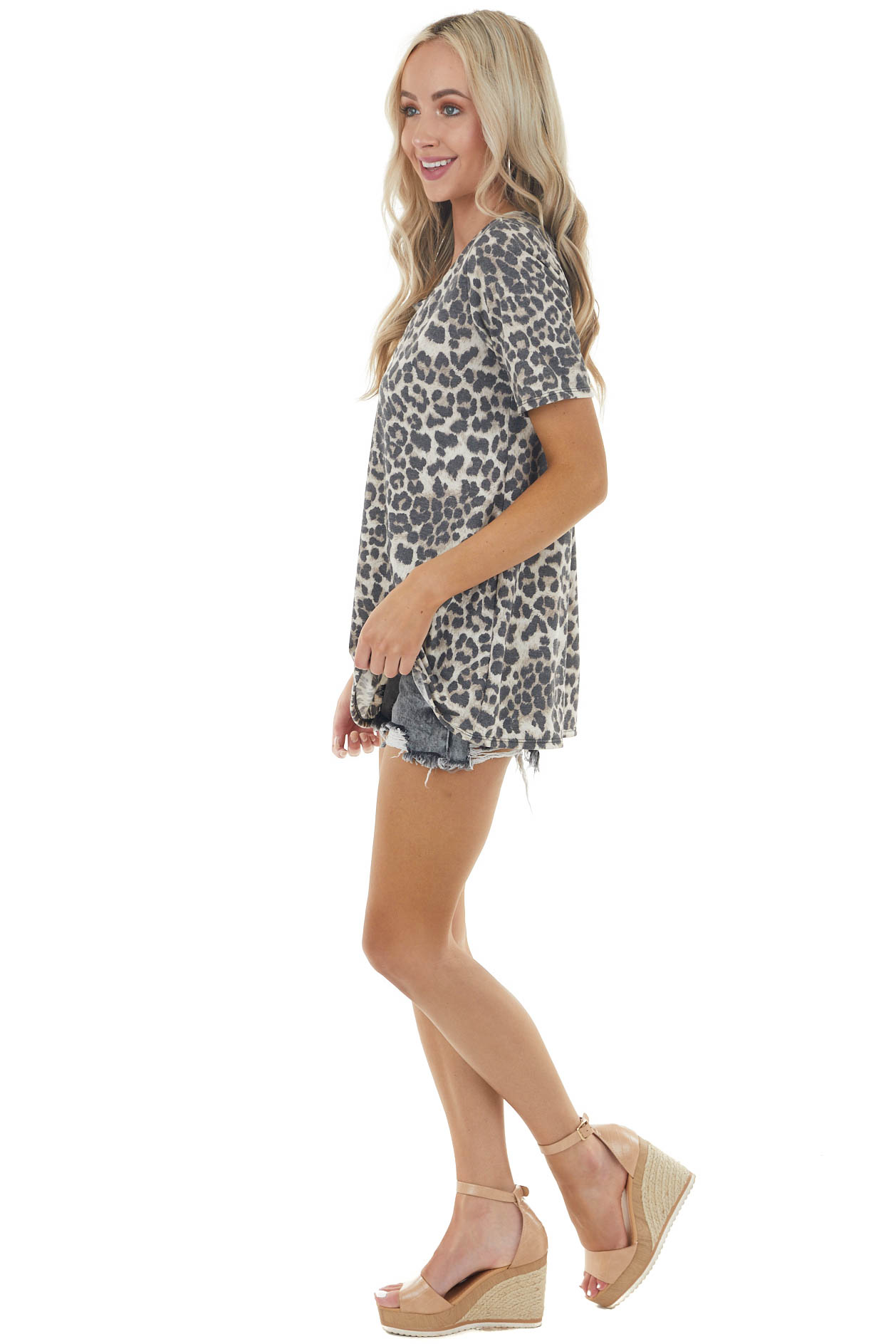 Vanilla Leopard Print Short Sleeve Knit Top with Caged Neck