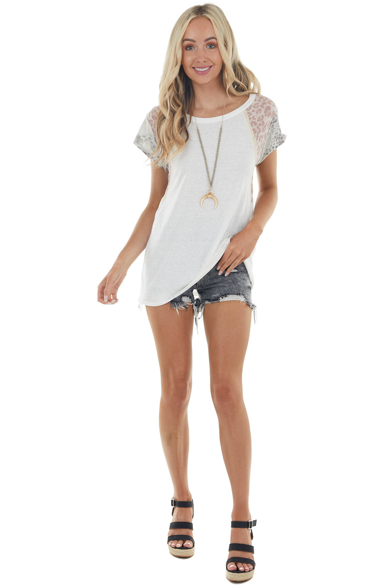 Pearl Leopard Print Short Sleeve Knit Top with Lace Detail