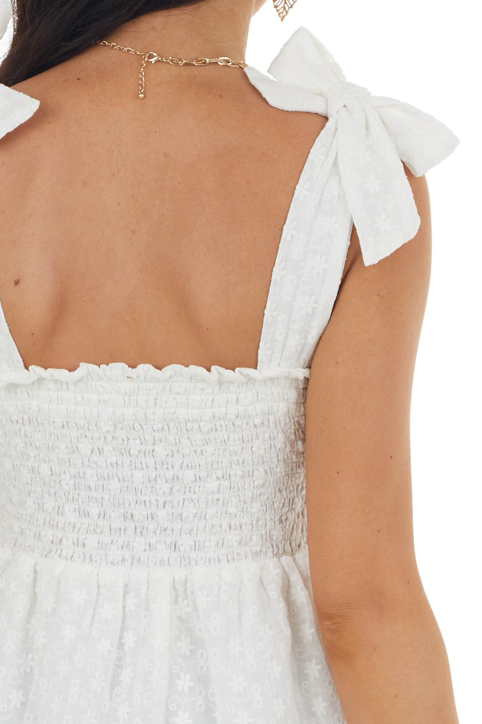 Ivory Floral Textured Sleeveless Smocked Top