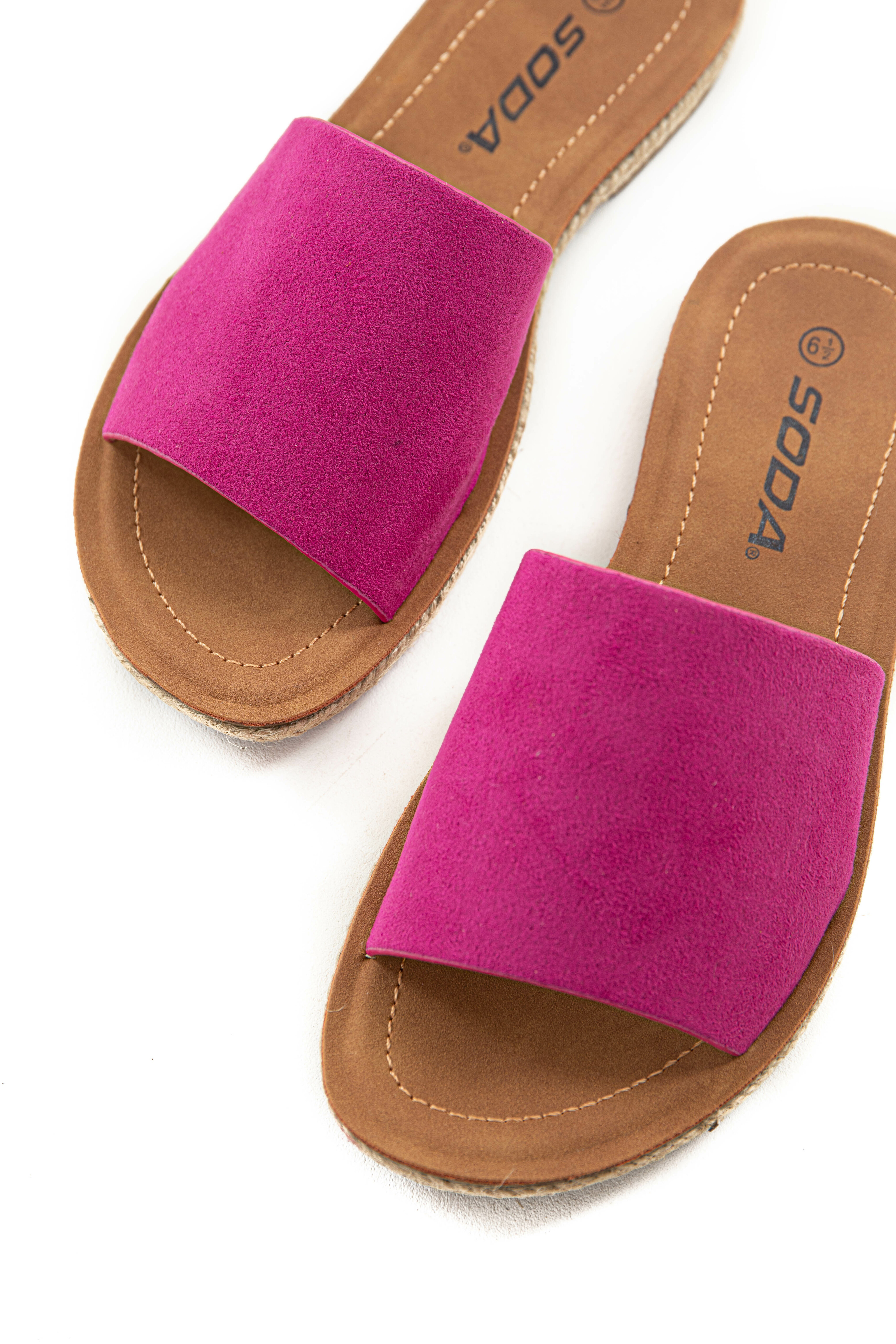 Mulberry Faux Suede Solid Strap Sandals