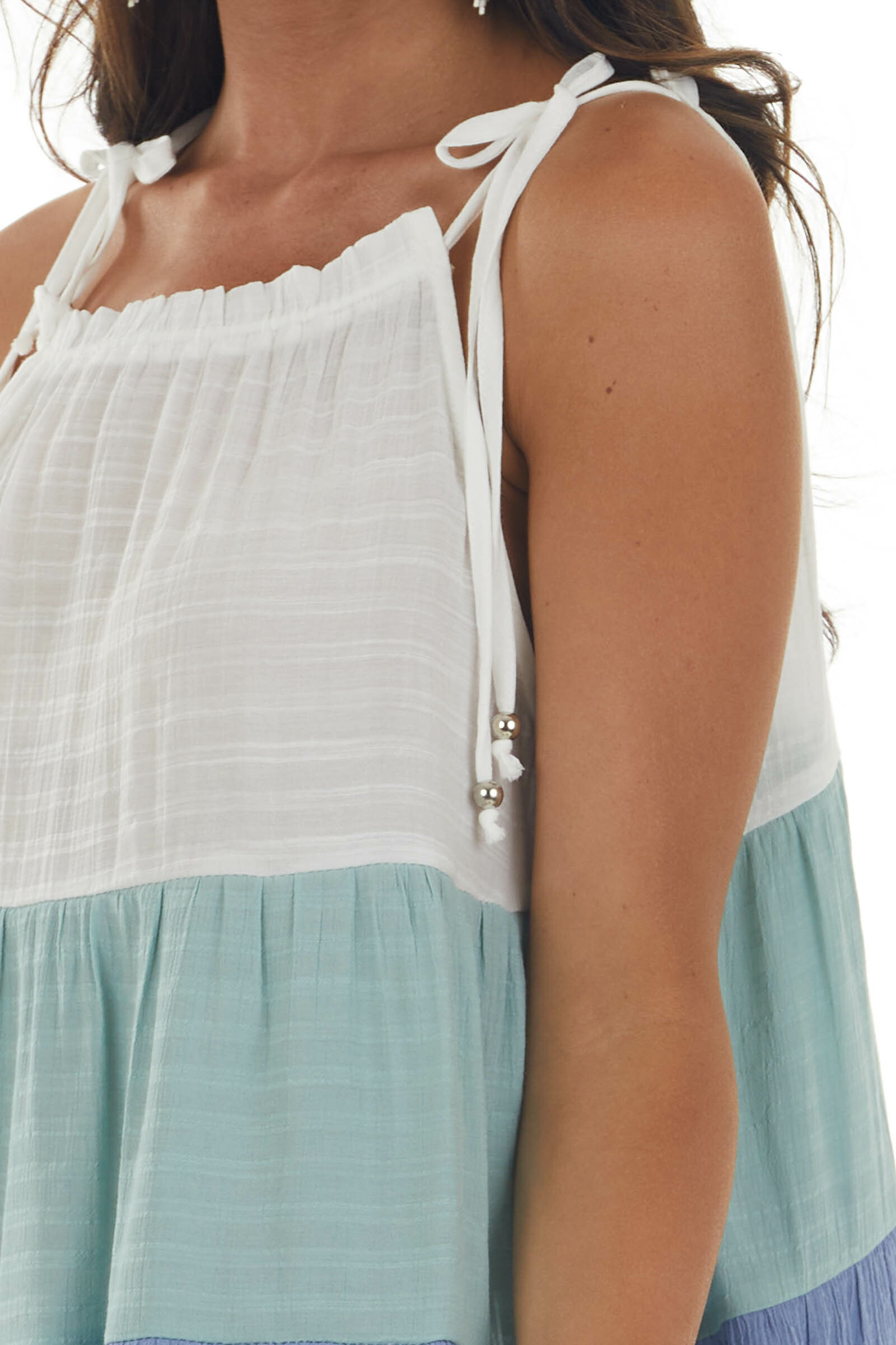 Pearl Colorblock Textured Sleeveless Woven Top