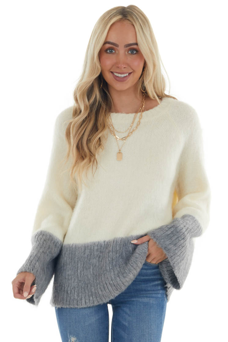 Cream and Grey Knit Sweater with Wide Sleeves