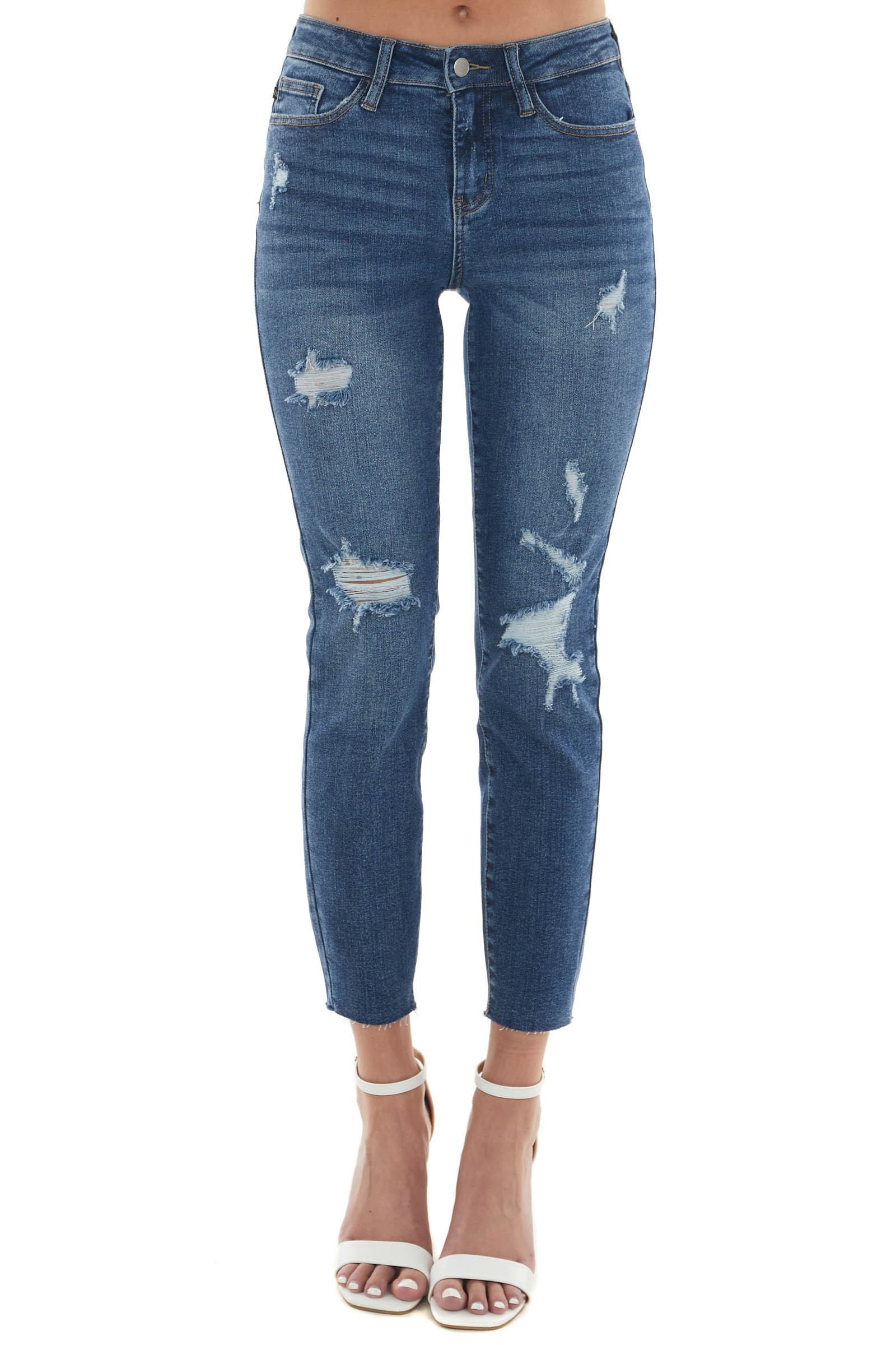 Medium Wash Mid Rise Vintage Relaxed Fit Jeans