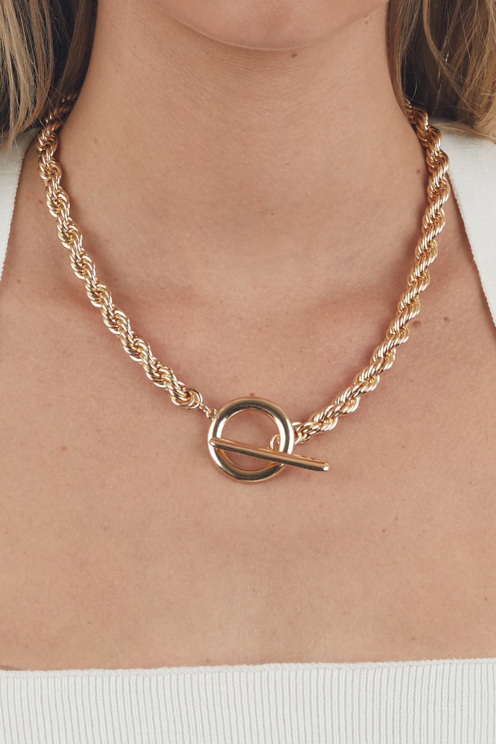 Gold Twisted Chain Large Toggle Necklace