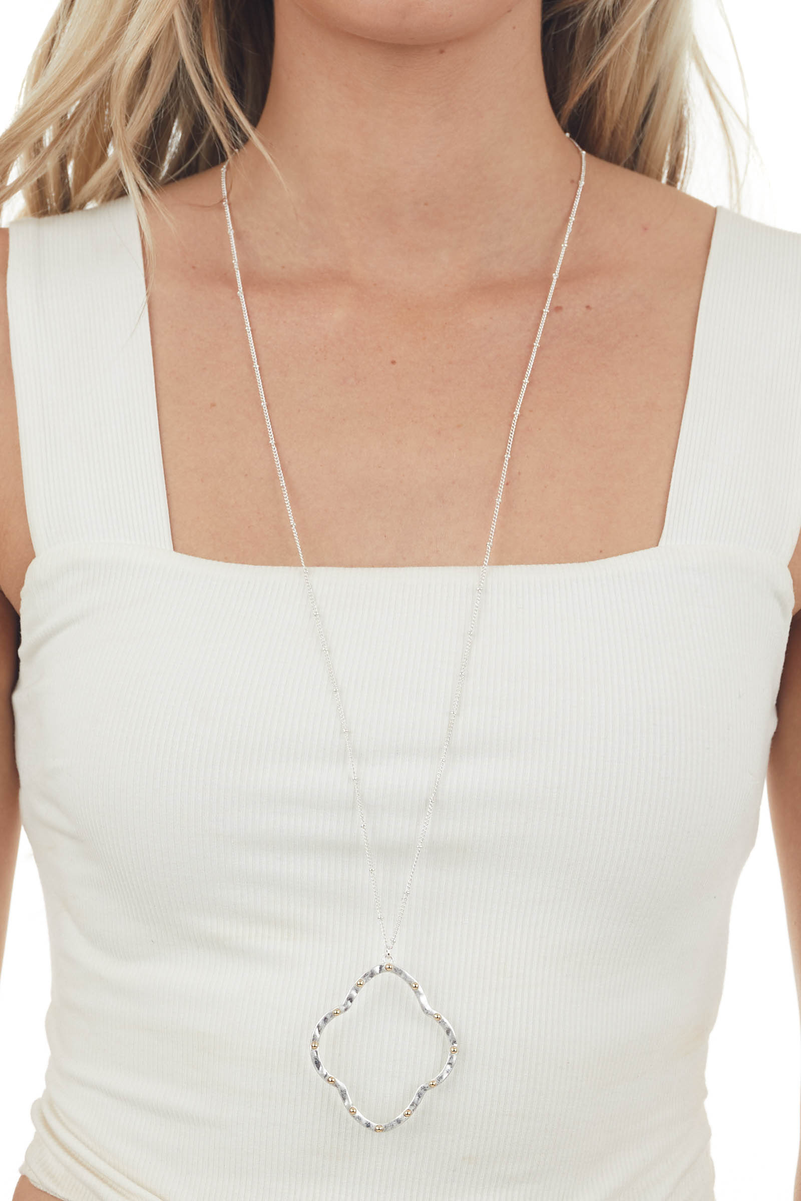 Silver Clover Pendant Necklace with Pearls