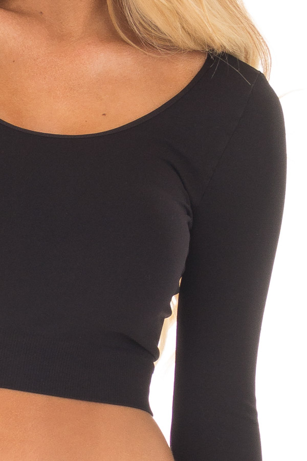 Black Half Sleeve Crop Top detail