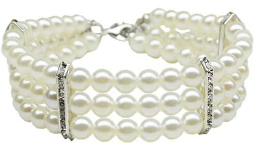 Three Row Pearl Necklace White Md (10-12)