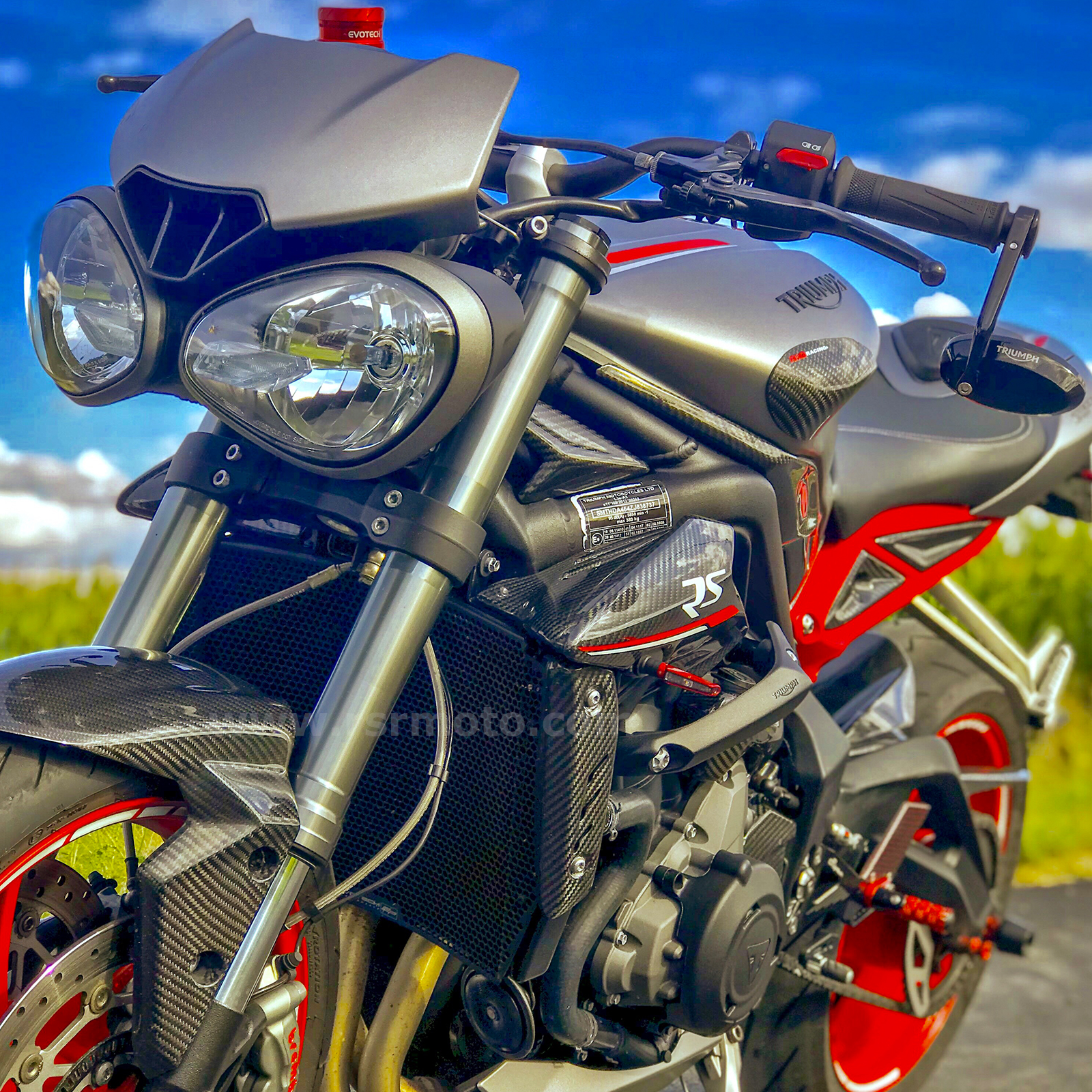 triumph-street-triple-carbon-fibre-parts.jpg