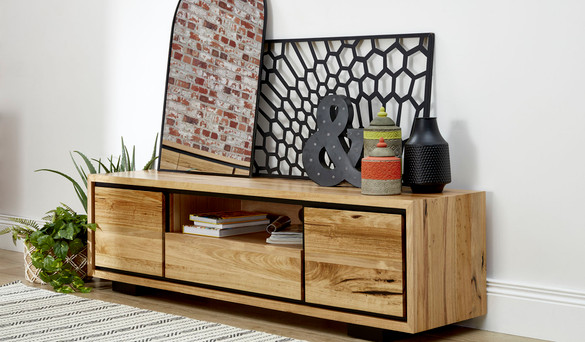 SUSTAINABLY  HARVESTED  FURNITURE & SPRING HOME DECORATING