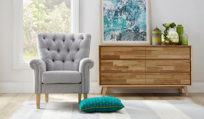 Dahlia armchair