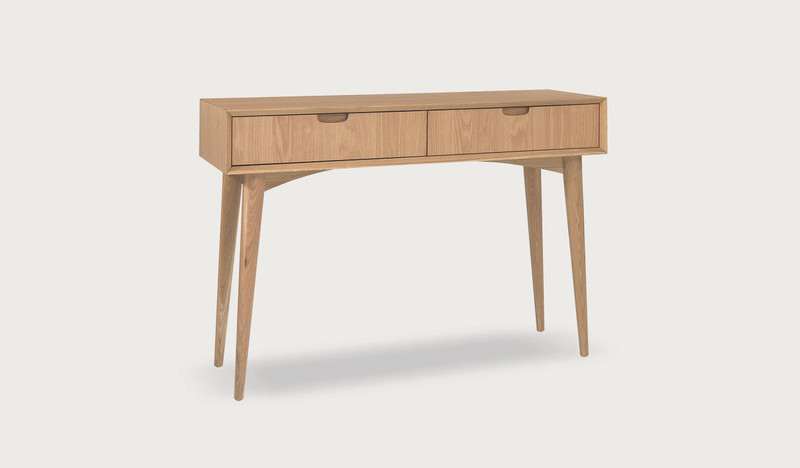 Alavus console table