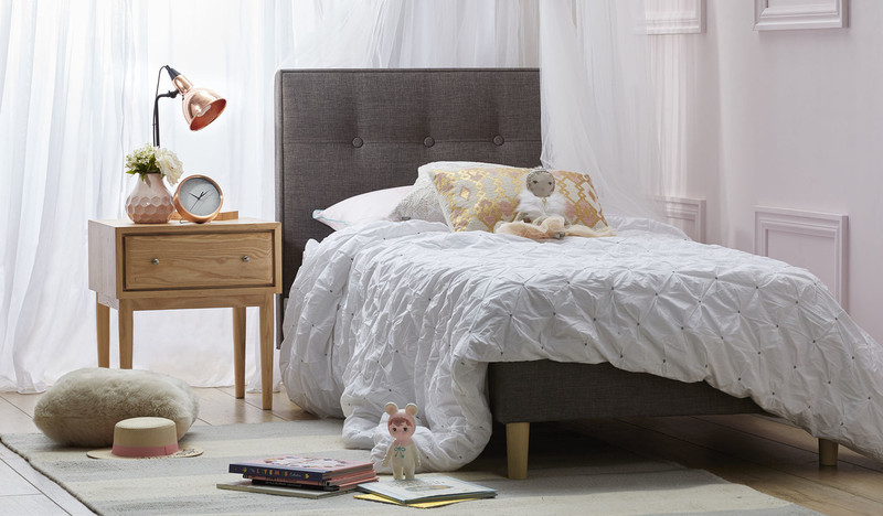 ... Tiffany Single Bed ...