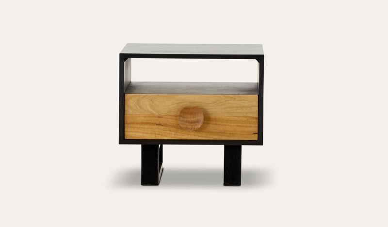 Esperance lamp table