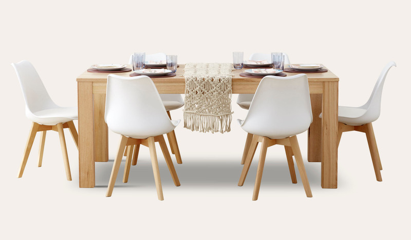 Gosford dining with Vibe chairs