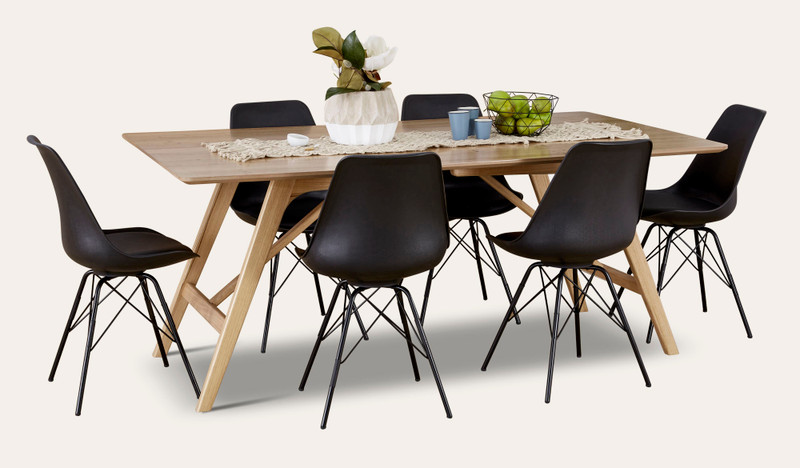 Taringa dining with Kendall chairs