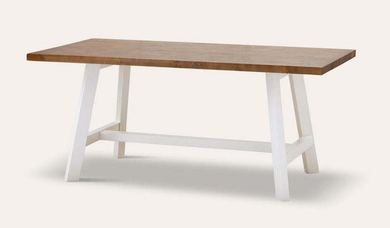 Gables dining table