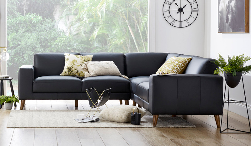 Magnum 5 seat corner lounge