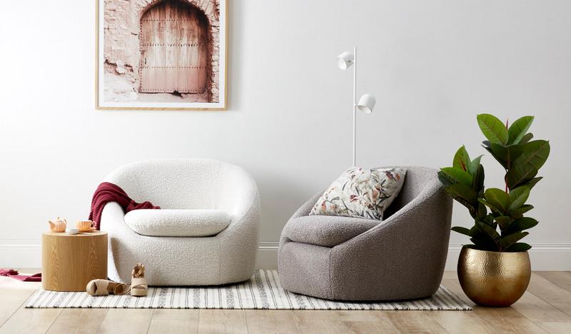 Bailey swivel chair