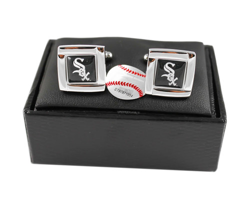 MLB Chicago White Sox Square Cufflinks with Square Shape Engraved Logo Design Gift Box Set