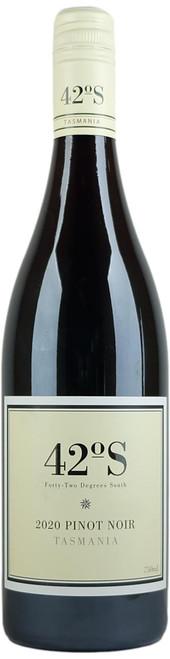42 Degrees South Pinot Noir 2020