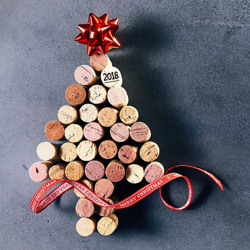 The Oak Barrel's Christmas Wine Picks