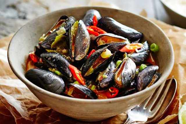 ​The Oak Barrel Doc's Mussels Recipe
