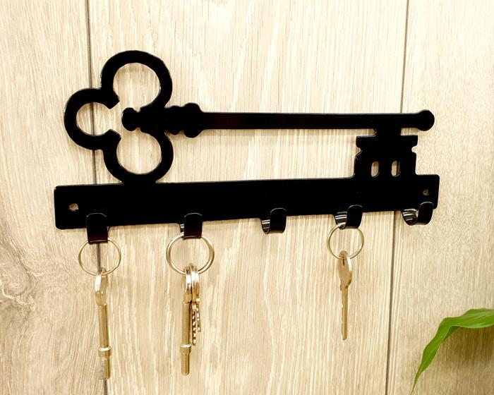 Traditional Key Rack
