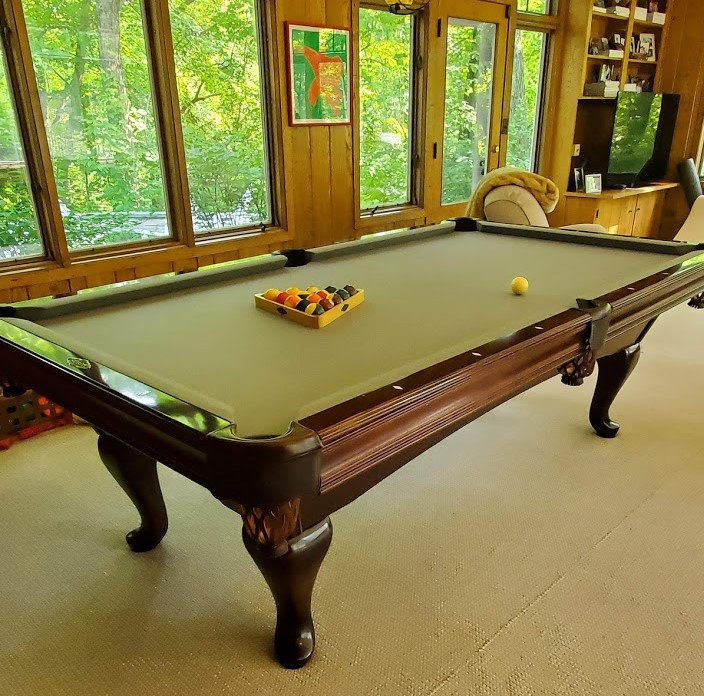 used-brunswick-billliards-pool-table-spoon-leg-7-19-2.jpg