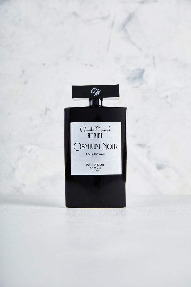 Claude Marsal Edition Noir is a symbol of elegance among the niche perfumes. The new Edition Noir embodies unique fragrance craftsmanship for the modern and elegant gentleman without compromising class. Its oil percentage guarantees a powerful entrance with a bold statement. Power, sophistication, confidence, and ambition are some of the qualities Claude Marsal had in mind while crafting the Noir collection. This highly desired and much anticipated new release by Claude Marsal is a limited edition geared for the new you. This collection describes the successful innovative, empowered man with a keen eye for adventure and risk.  MAIN ACCORDS Warm Spicy, Cacao Absolute, Fresh Spicy, Sweet, and Coffee.  THE NOTES TOP NOTES The perfume opens with Bergamot and Ginger. HEART NOTES It continues to the foundation of Exotic Maninka, Coffee, Pepper, and Pineapple. BASE NOTES The last touch of the perfume is Cacao, Woody Notes, Amberwood, Benzoin, Patchouli, and Vanilla.