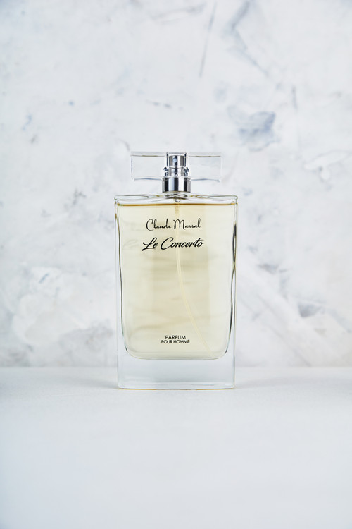 """""""Le Concerto"""" is a fragrance for men announced as a fresh and sensual blend of notes with the glittery shine of gold. Complexity helps to create this elegant, intricate scent. With fresh top notes of grapefruit and peppermint clashing with the musky, yet the spicy heart of cinnamon and rose absolute and the deep base of velvety leather and amber ketal, this scent evokes all the senses with confidence sensuality. """"Le Concerto"""" belongs to the Spicy & Vanilla Fragrance Family."""