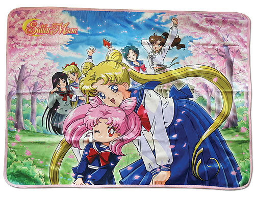 Sailor Moon Sailor Warriors in School Outfits Throw Blanket