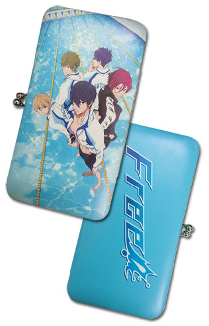 Free! Group In The Water Hinge Wallet