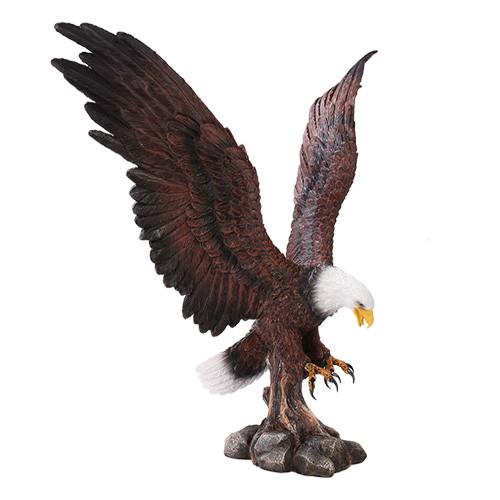 """17.5"""" Spectacular Landing Eagle"""