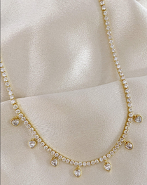 LUCKY IN LOVE NECKLACE IN GOLD