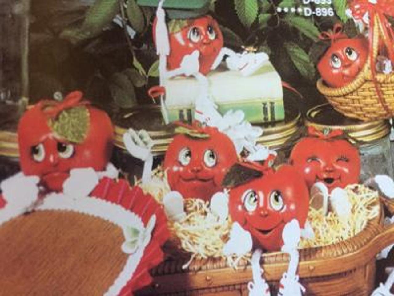 Dona's  895 Apple Dumplins (8)