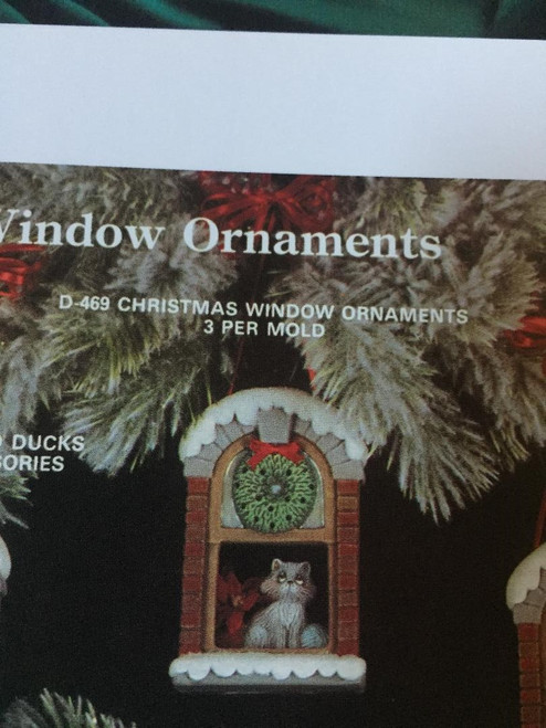 "Dona's 469 Christmas Window Ornament (3) 4""H Used"