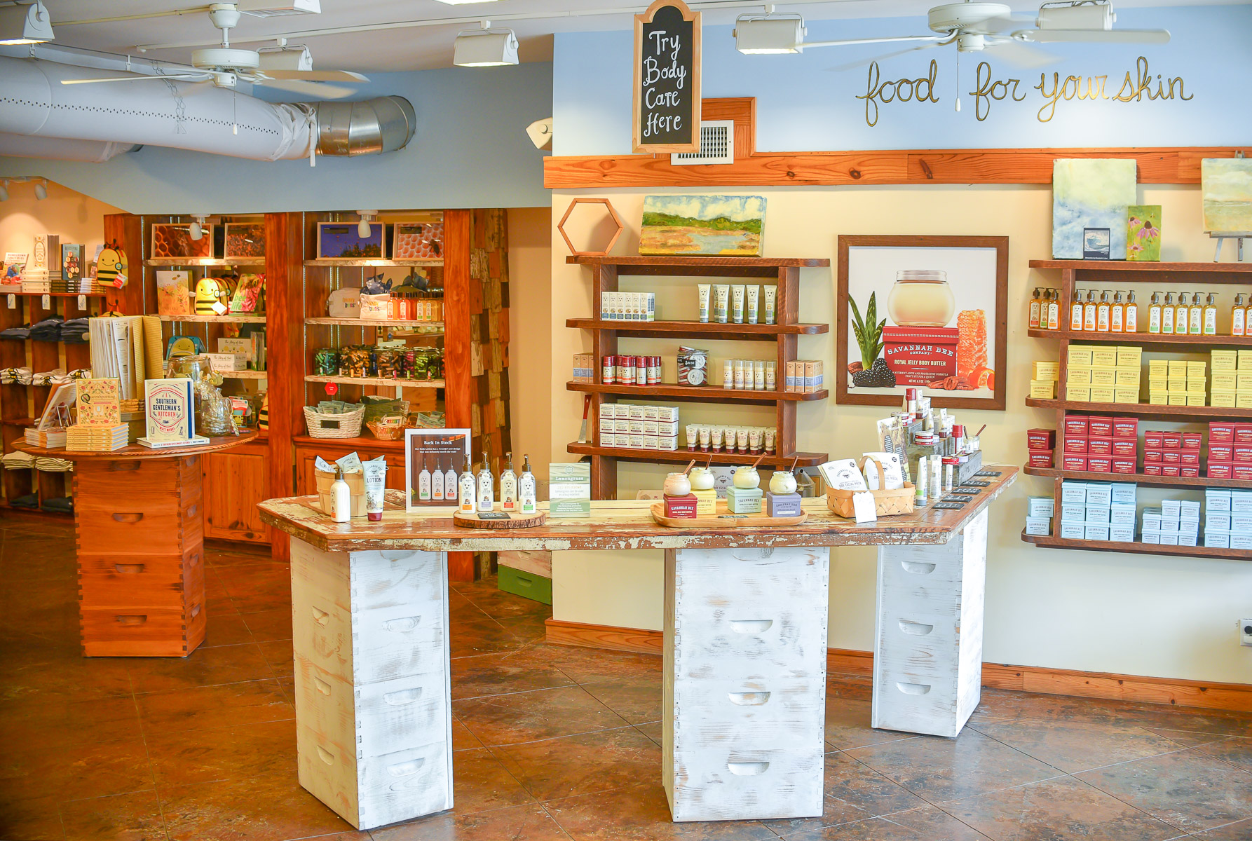 savannah-bee-company-saint-simons-island-body-care-bar.jpg