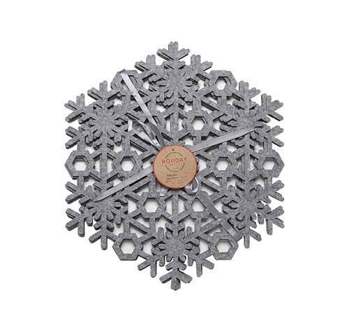 Silver Snowflake Placemat Set