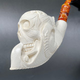 A Floral Skull Clutched by Fierce Claws Meerschaum Pipe, M74034