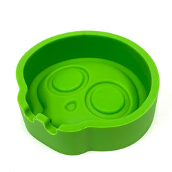 """Ash in My Eyes Johnson Skull Silicone Ashtray 4"""" Assorted Color 1 Count"""