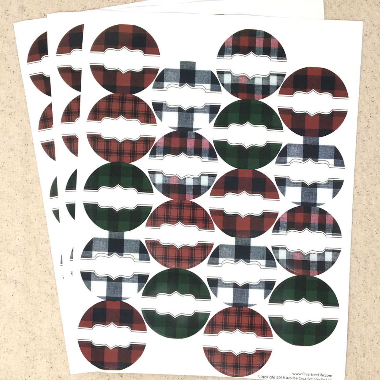 54 Buffalo Lodge Plaid Poly Weatherproof Round Labels