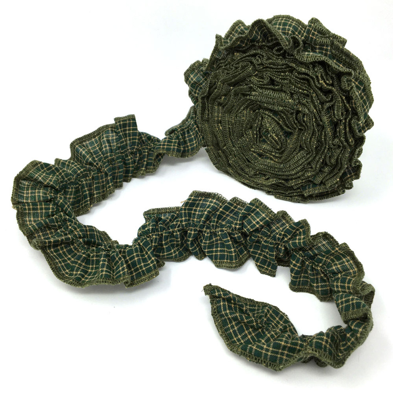Green 1 Ruffled Trim/Garland  - 1 roll - 144 inches (12 feet)