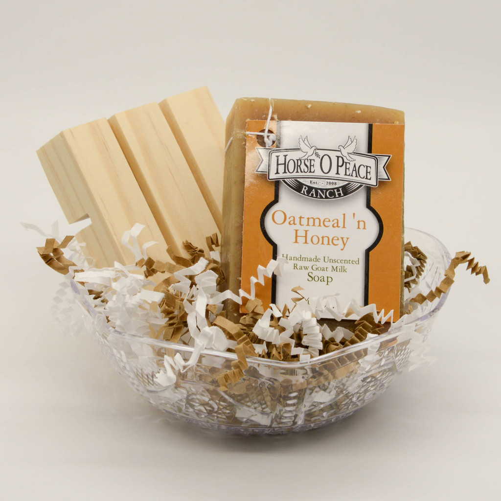 Goat Milk Soap Oatmeal 'n Honey Gift Set with Pine Soap Saver Dish