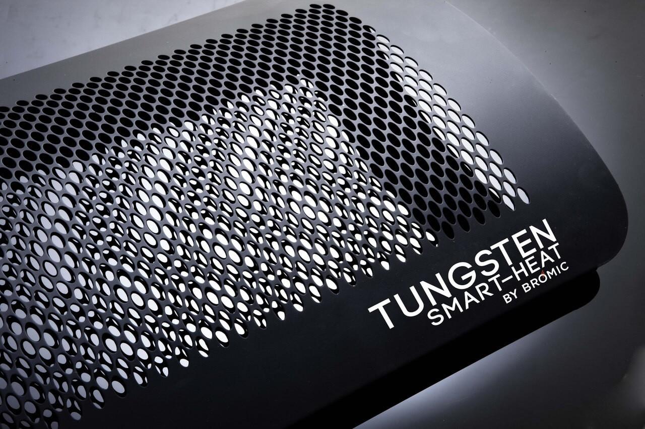 Bromic Tungsten 3 Burner Heater, Natural Gas, Close Up